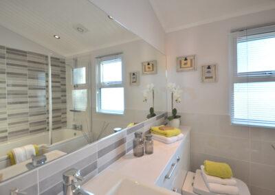 Oakgrove Elm Bathroom 2 1