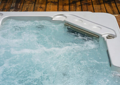 Tingdene Brampton Hot tub2